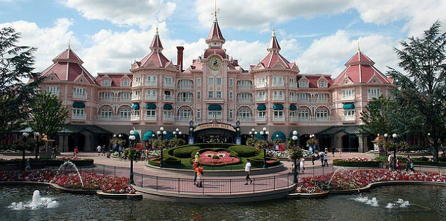 Disneyland Paris – Hvor skal man bo og hvilket hotel?