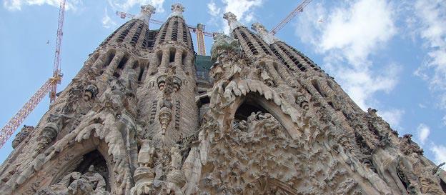 Sagrada Familia – Den Ufuldendte Kirke i Barcelona