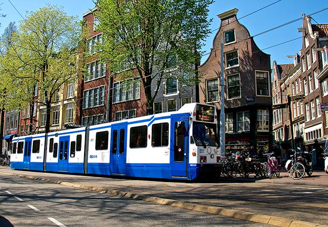 Transport i Amsterdam – metro, sporvogne og busser